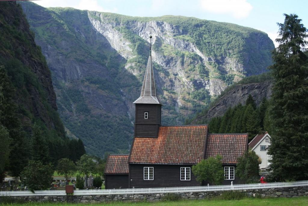 L'église en bois de Flåm a été bâtie en 1667.
