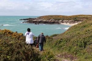 Chausey - balade sur la côte