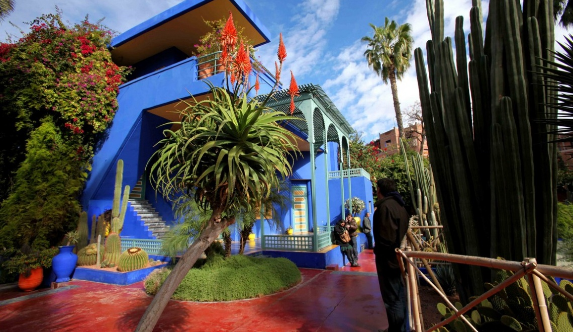 maroc majorelle un jardin marrakech univers voyage. Black Bedroom Furniture Sets. Home Design Ideas