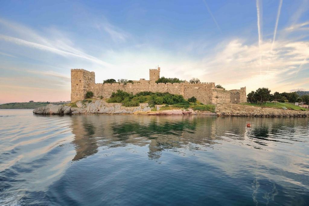 Les ouvriers qui édifièrent le château de Saint-Pierre le Libérateur se virent garantir par bulle papale leur place au paradis.