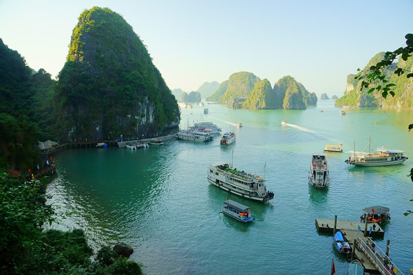 Aventure au Vietnam : découvrir Tam Coc, la baie d'Halong terrestre