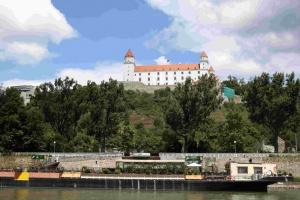 Le château de Bratislava a été reconstruit dans les années 1960.