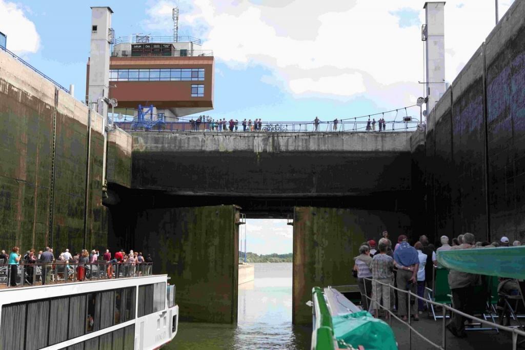 De la passerelle ou depuis le bateau, l'écluse de Gabcikovo est une attraction à ne pas rater.