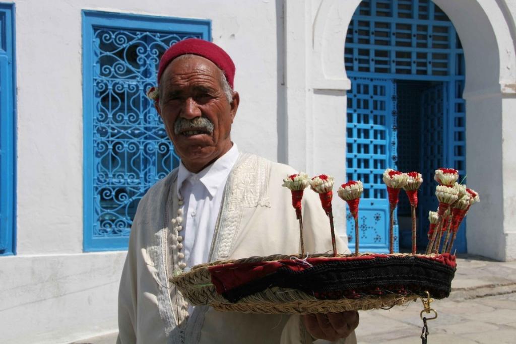 xxx_B Postel_vendeur de jasmin_bd_Tunisie 081 (Copier)