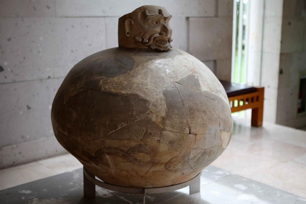 Urne funéraire olmèque. Catemaco. 300 av. J-C – 200 apr. J-C
