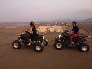 Balade en quad dans les dunes du wadi al Abiyad.