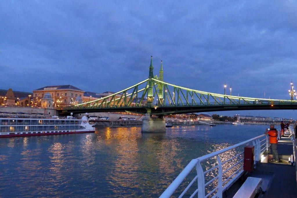 Budapest. Pont de la liberté.