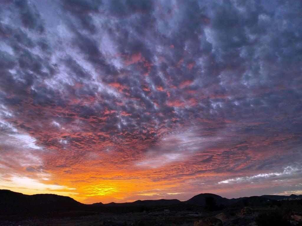 Coucher de soleil sur le plateau de Sayq.