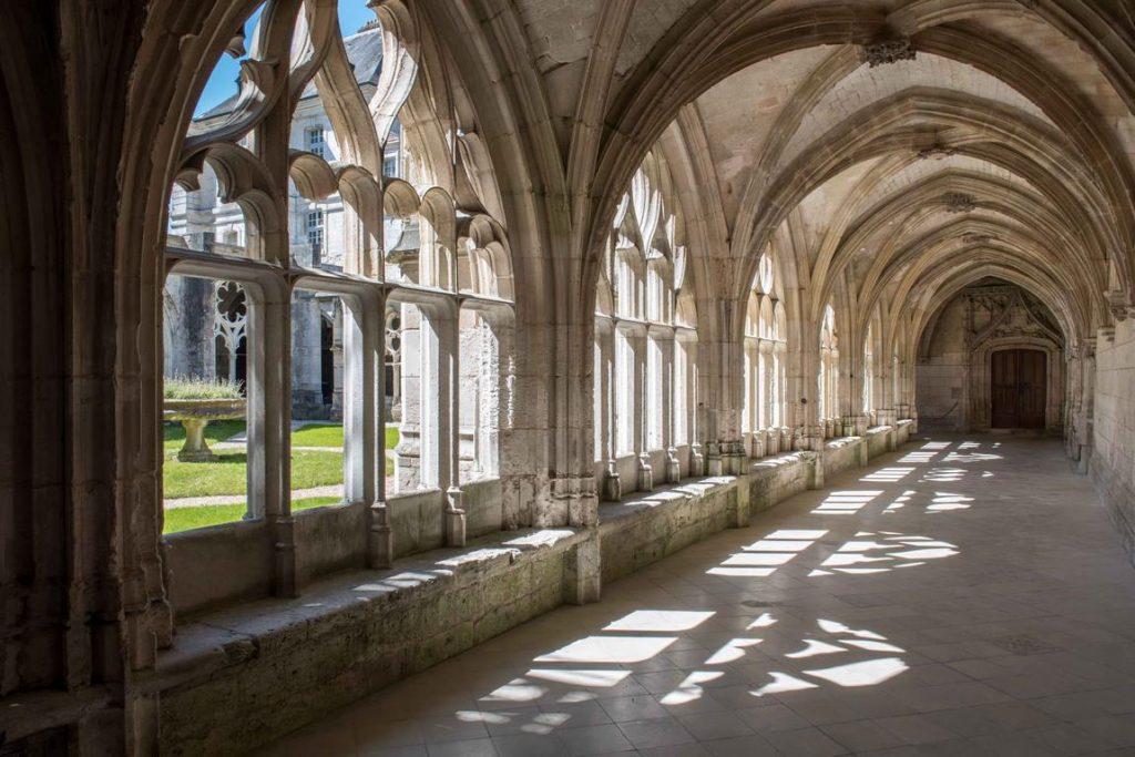 Cloître de l'Abbaye Saint-Wandrille. Normandie.