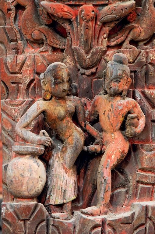 Patan. Temple de Jagannarayan. Allégorie de l'eau qui s'écoule...