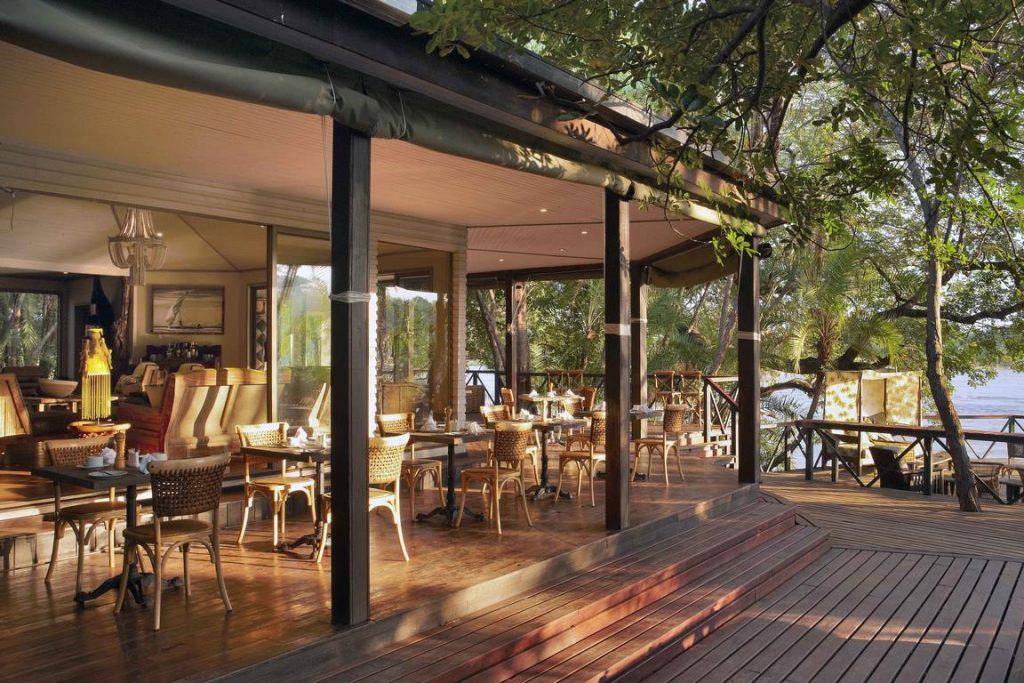 Namibie. Cascades Lodge. Situé sur l'îlot privé Ntwala, dans une boucle du Zambèze, le Cascades Lodge est entièrement dédié aux clients de CroisiEurope. ©Micky Hoyle.